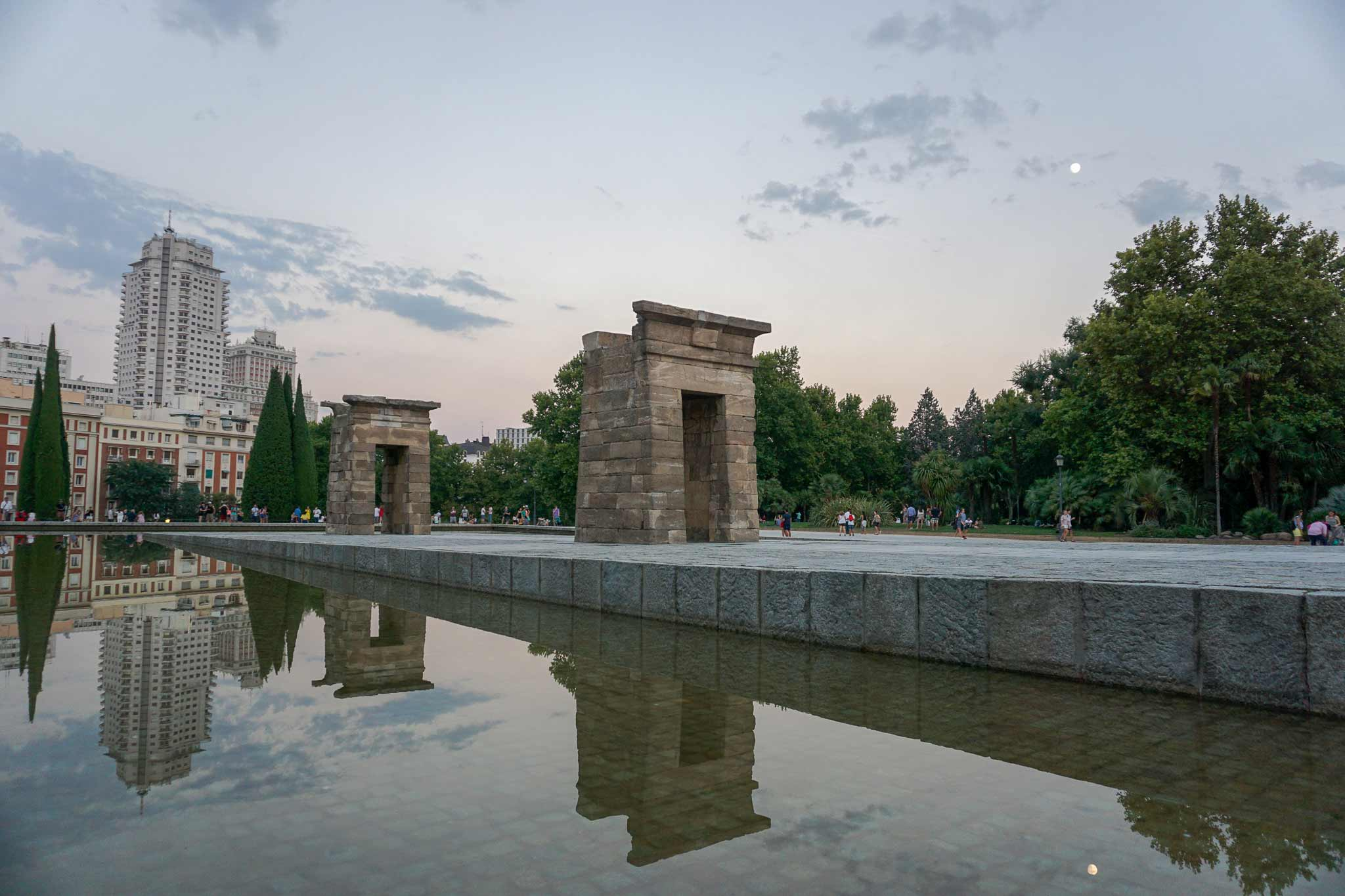 A picture of the Temple of Debod, an Egyptian temple, in Madrid, Spain.